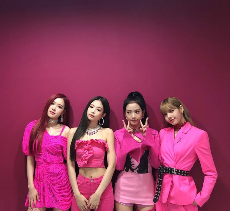 Lotte-Releases-Public-Apology-To-Blackpink-Blinks